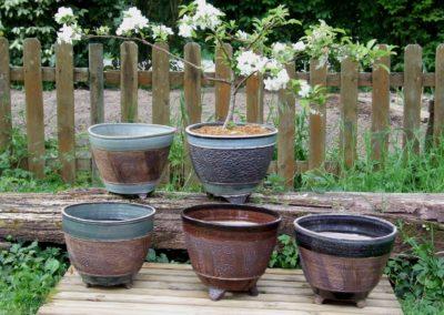 Jardinières gravées
