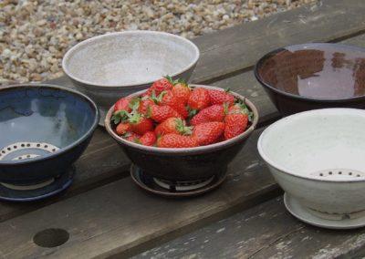 Egouttoirs à fraises ou à radis avec soucoupe